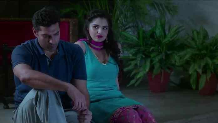 Marudhar Express Tara Alisha Berry Scene
