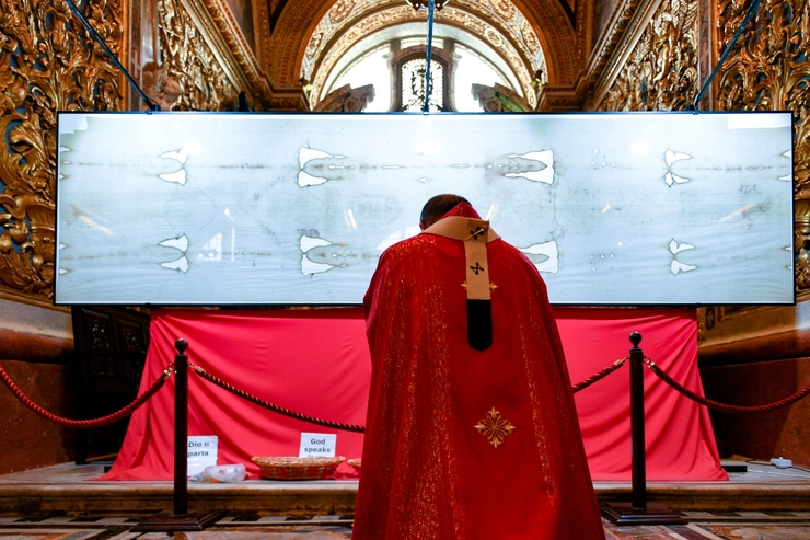 Domenica delle Palme nella Co-Cattedrale a Valletta con la S. Sindone