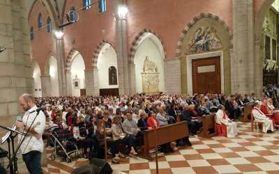 VEGLIA DI PENTECOSTE IN CATTEDRALE A VICENZA – Le foto