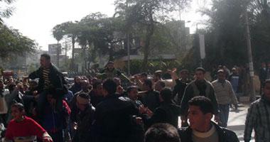 شارع الجيش بطنطا شهد مظاهرة حاشدة للباعة الجائلين بسوق الخان بطنطا