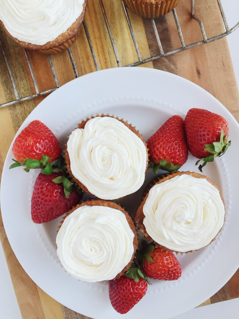 White Cupcakes Whole Wheat Flour Buttercream Frosting Recipe