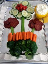 vegetable and chorizo platter decorated like a flower for party younfolded blog