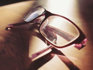 Eyeglasses-on-coffee-table
