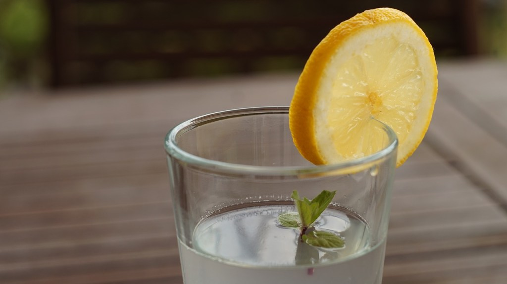 lemon water reduce morning routine stress younfolded