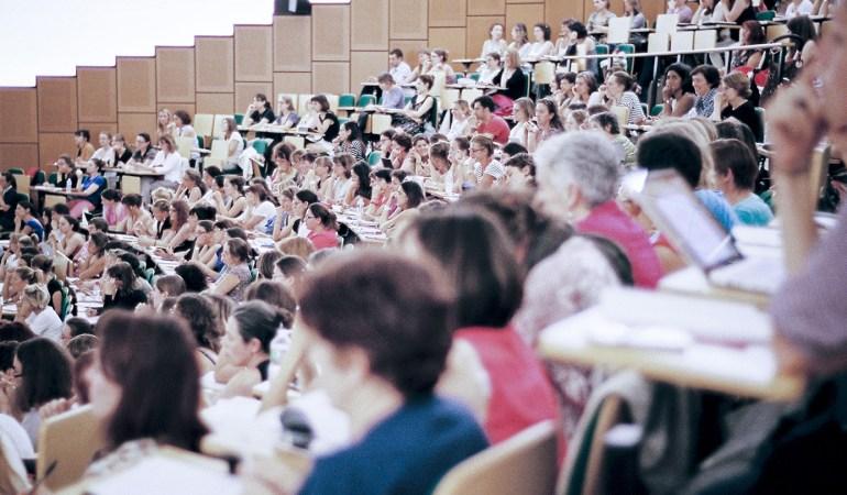 Révolutionner le système éducatif ? Céline Alvarez en a fait son combat