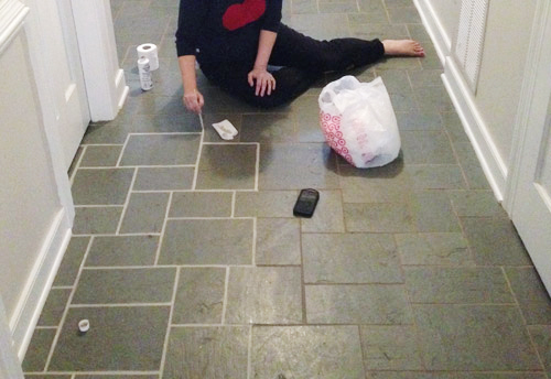 making old discolored grout look like