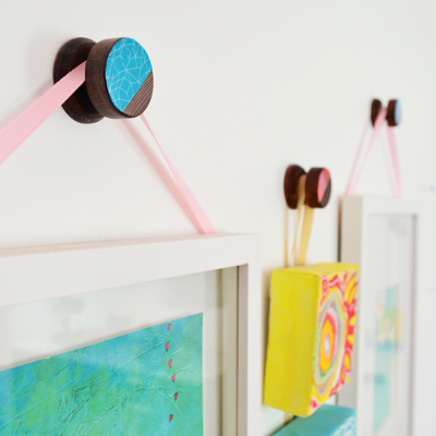 Wood Picture Hanger (Hack it!)
