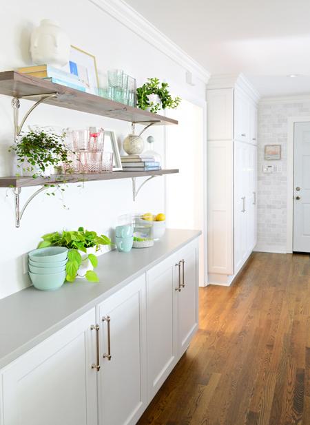 kitchen-remodel-final-shelves-angle-door