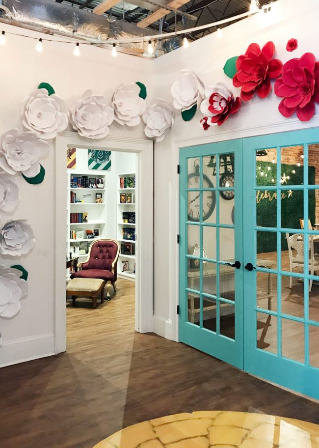 kids room ideas painted roses from alice and wonderland