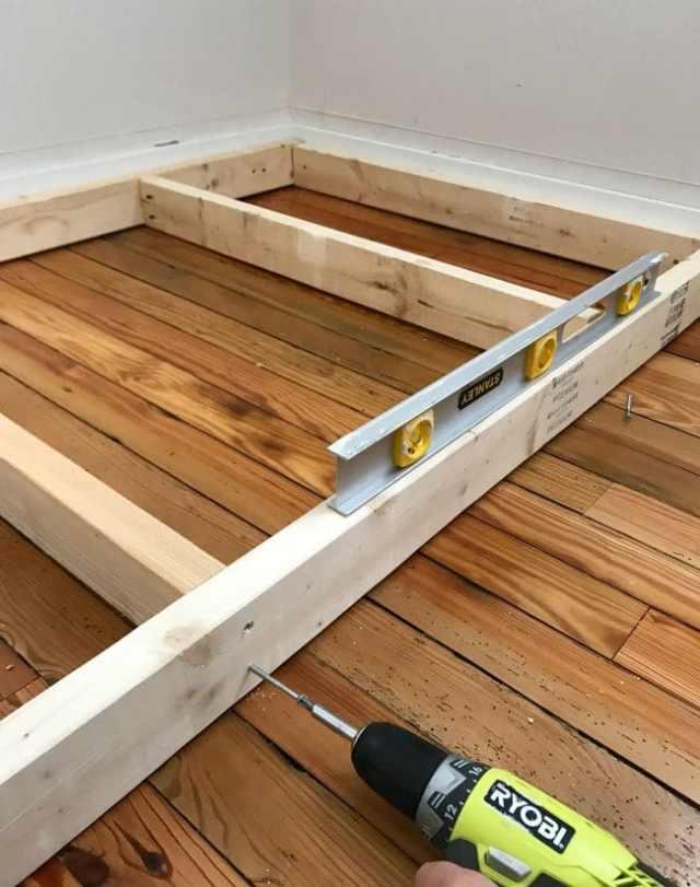 leveling base frame of bottom bunk bed