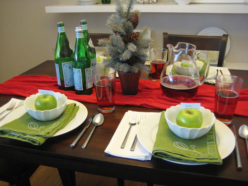 Set The Table For Christmas Dinner With Style This Holiday Season ...