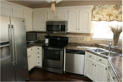 kitchen-makeover-before-and-after