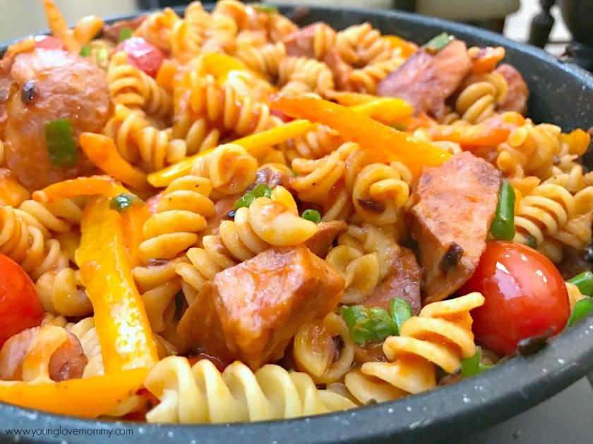 20 Minute Recipe | Sausage Rotini Pasta Skillet