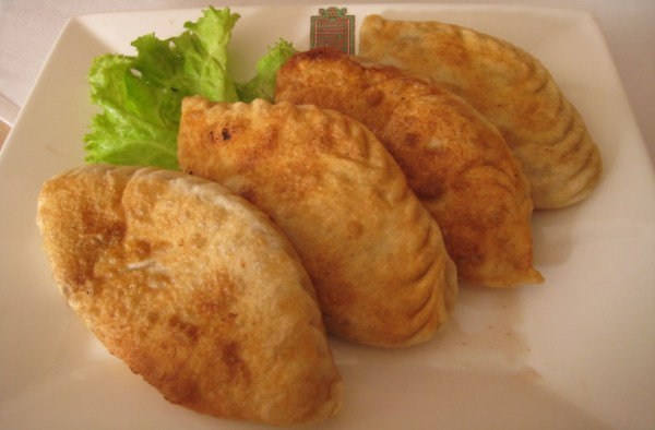 Mongolian pan fried dumplings, called Khuushuur