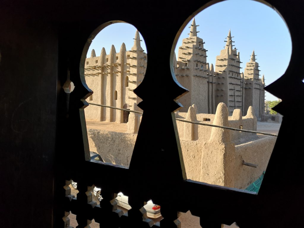 The central great mosque of Djenne