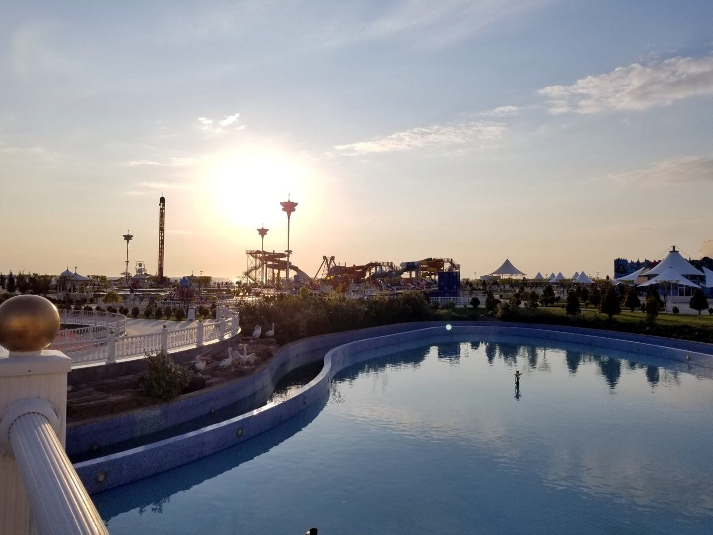 Visiting Avaza, Turkmenistan – Young Pioneer Tours