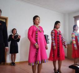 North Korean ladies wearing the traditional Korean dress