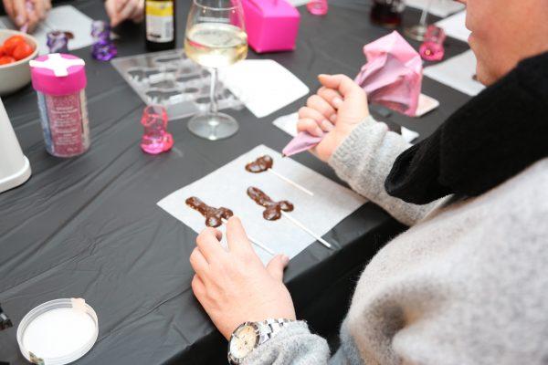erotische chocolade lolly's