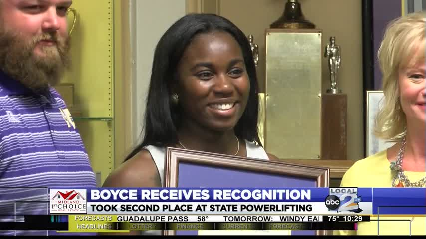 Boyce Earns Recognition for Powerlifting_46956076