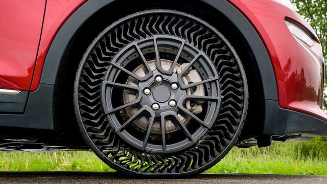 Michelin tire prototype WEB CROP_1559785108401.jpg_90919426_ver1.0_640_360_1559789143887.jpg_90928324_ver1.0_640_360_1559796777755.jpg.jpg