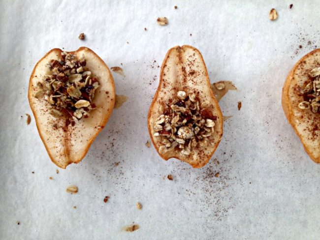 Sweet pears drizzled with maple syrup and filled with crunchy oats and pecans. These Maple Pecan Baked Pears are a healthier dessert option and will have your home smelling like fall!
