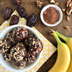 Chocolate Banana Nut Energy Bite | recipe via www.yourchoicenutrition.com