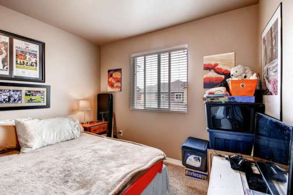 121 Eclipse Dr Colorado-small-017-2nd Floor Bedroom-666x444-72dpi