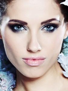 your-contour-shapewear-winter-fashion-tips-makeup-3