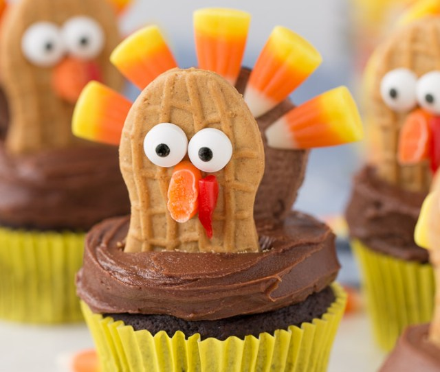 Cute Turkey Cupcakes Using Oreos And Nutter Butters