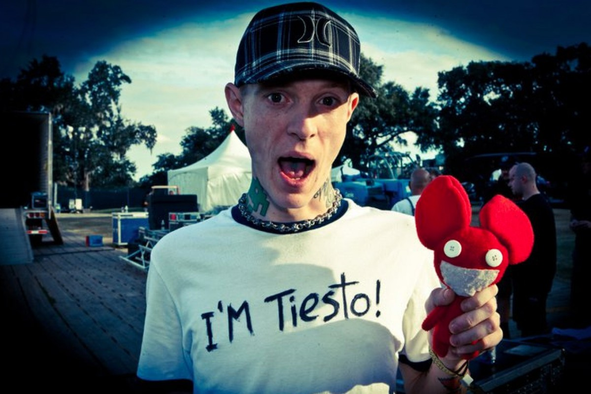Deadmau5 Trolls Millions At Surprise Dota 2 Finals Performance Faces Backlash From Gamers
