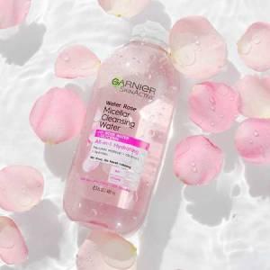 démaquillant eau de rose garnier