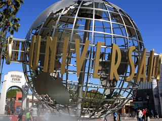 universal-globe-04