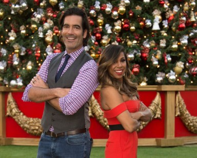 Great American Christmas Light Fight 2020 The Great Christmas Light Fight Returns Dec 2 on ABC, Renewed For