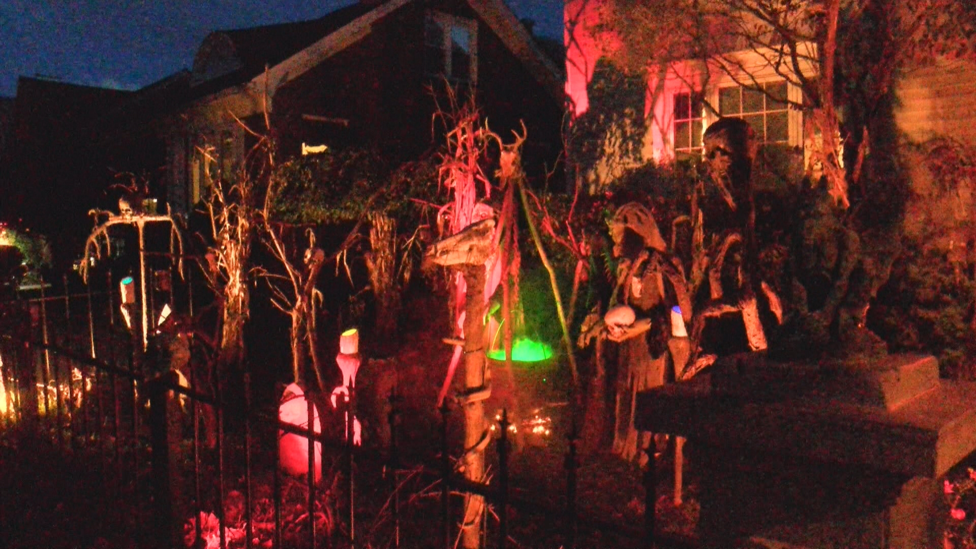 HAUNTED HOUSE TOUR OUT.duplicate_frame_671_1509067234357.jpg