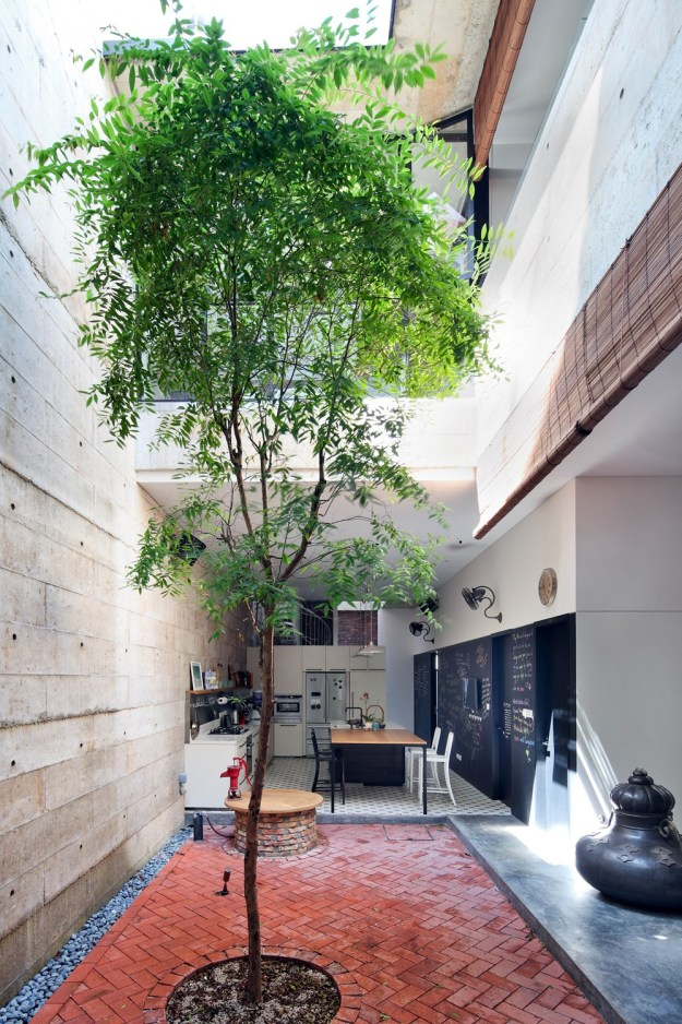 House at Neil Road designed by ONG&ONG Pte Ltd 16