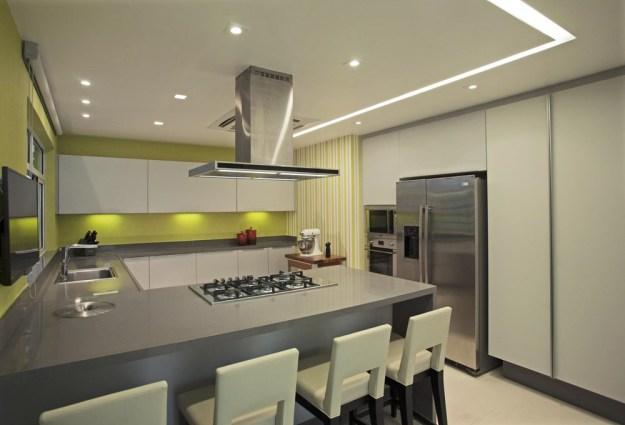 The LRF Apartment designed by Paula Martins Arquitetura 20