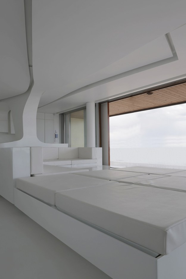 Costa Blanca apartment designed by A-cero Architects 7