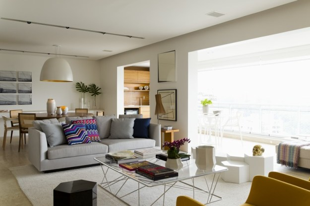 Panamby Apartment designed by Diego Revollo 2
