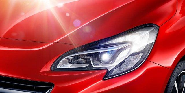 Opel_Corsa_High_Beam_Assist_944x476_co1525_e01_089