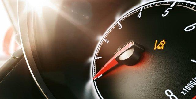 Opel_Corsa_Lane_Departure_Warning_944x476_co1525_i01_092