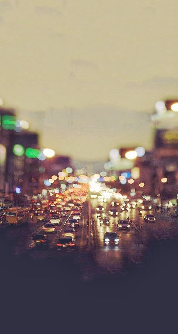 City Traffic Evening Tilt Shift HD Android Wallpaper