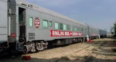Your News Local   Peru Welces Ringling Bros. Train Car