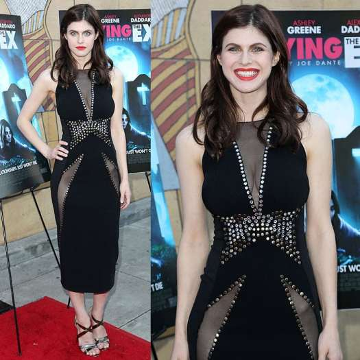 """Alexandra Daddario's beautiful blue eyes at the premiere of """"Burying the Ex"""""""