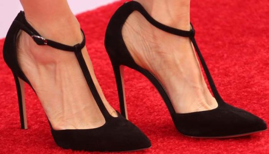 """Lucy Liu showed off her feet in """"Isabella"""" Mary Jane pumps from Neil J. Rodgers"""