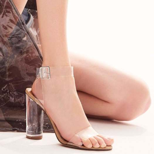 Pull out all the stops with your perfectly polished ensemble in the Clearer sandal