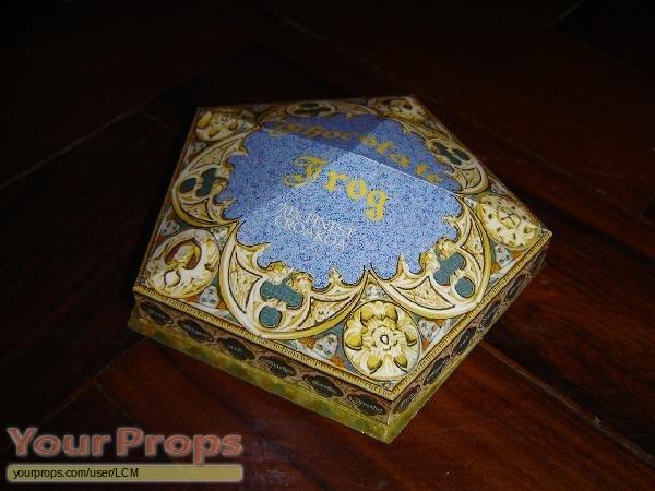 Harry-Potter-Chocolate-Frog-box replica