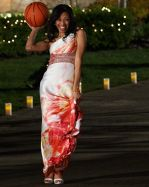 Jewel Brady shows Tim Wormels her basketball skills in The Bachelor Canada 2 Episode 1