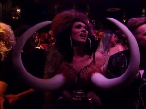 I don't know what this is, but it was in the audience of RuPaul's Drag Race The Finale