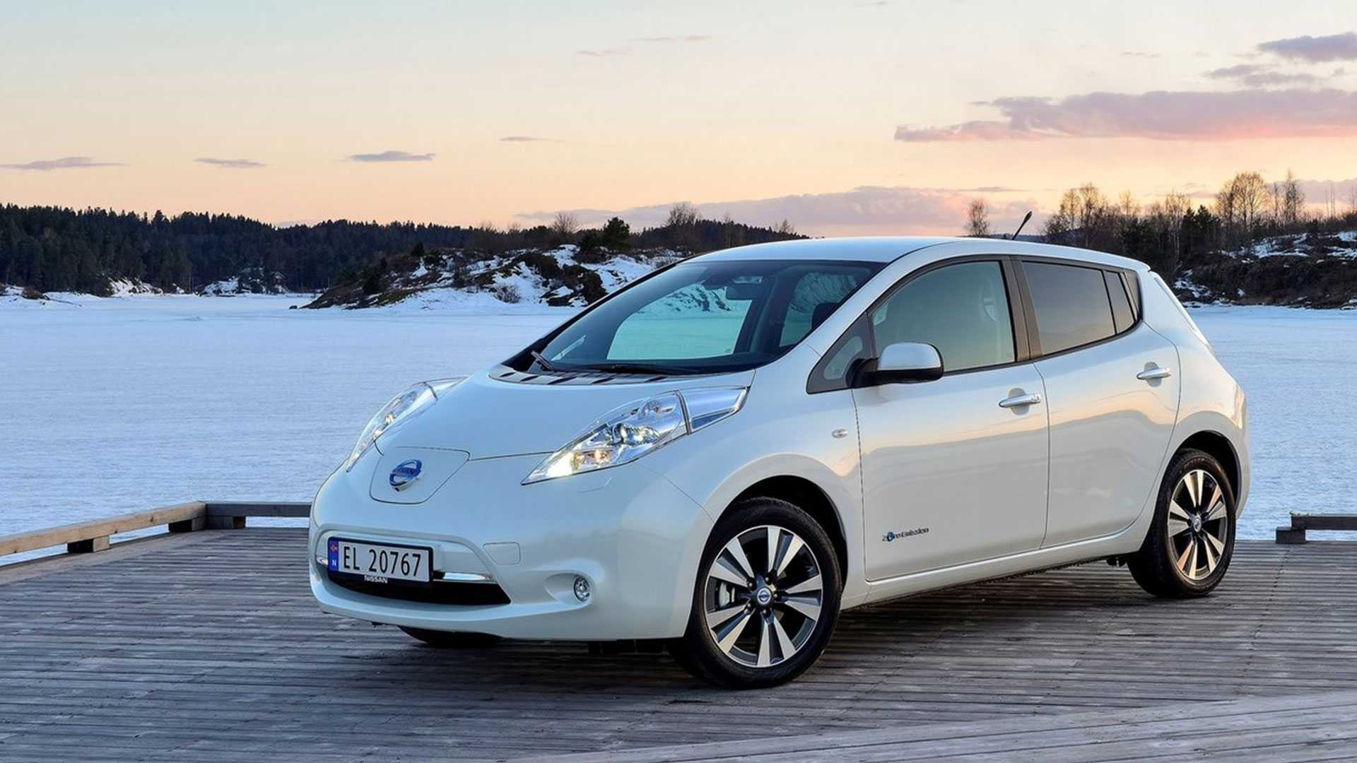 2016 Nissan Leaf Will Bring Battery Range to 110 Miles for Higher Trims