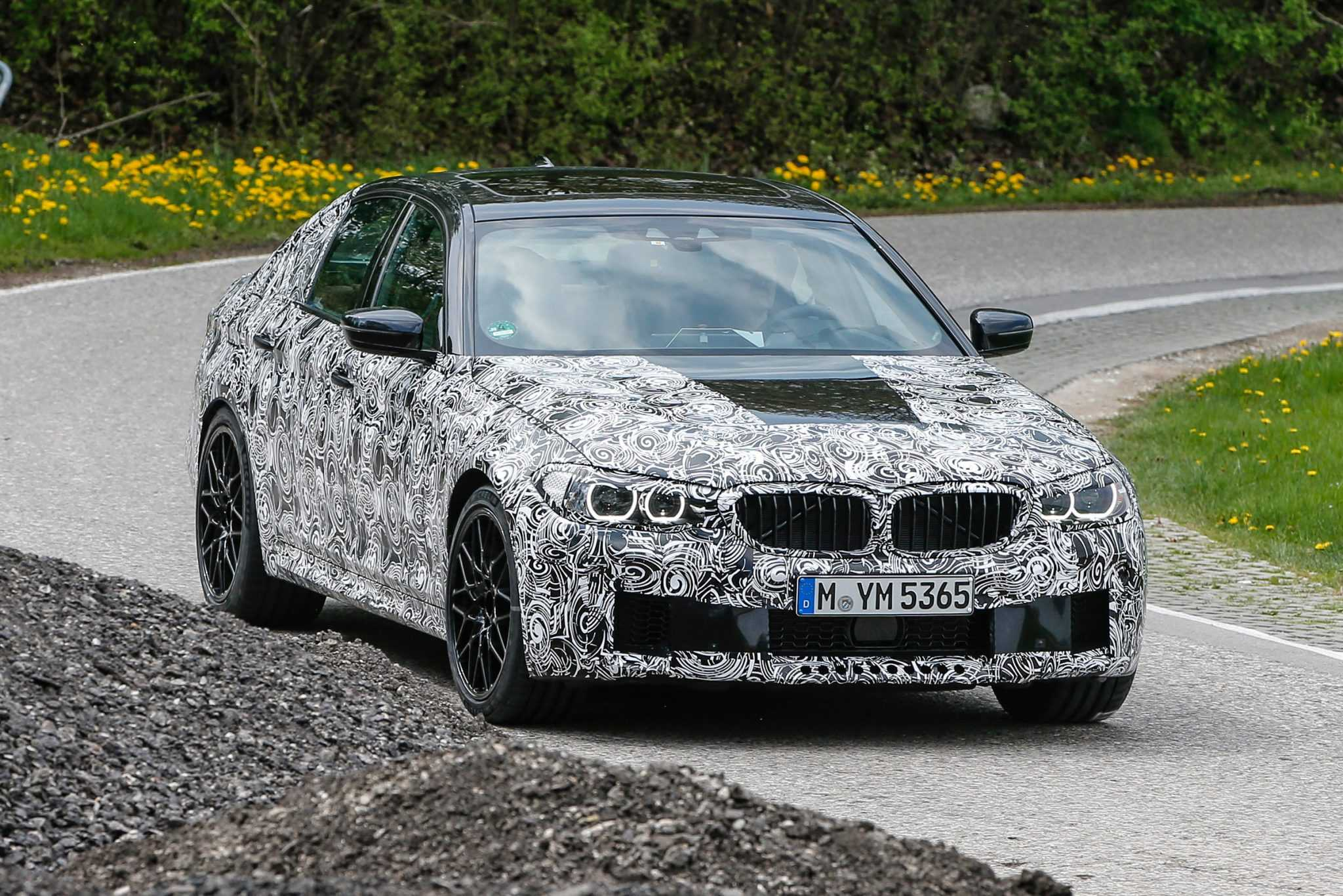 BMW 5 Series Touring, GT and M5 Spy Photos Are Out